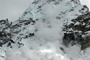 Ama Dablam Rewind – The Dablam Collapse