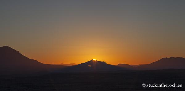 Henry Mountains, capitol reef, waterpocket fold, muley twist canyon, desert sunrise