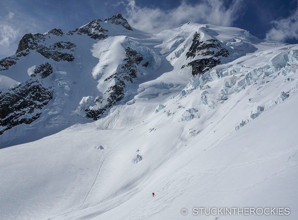 Christy Mahon skiing below the Gletscherhorn