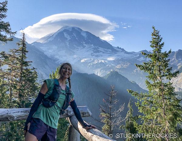 Lenticular cloud on Mount Rainier