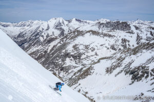 Joey Giampaolo skis the north face of Niagara Peak